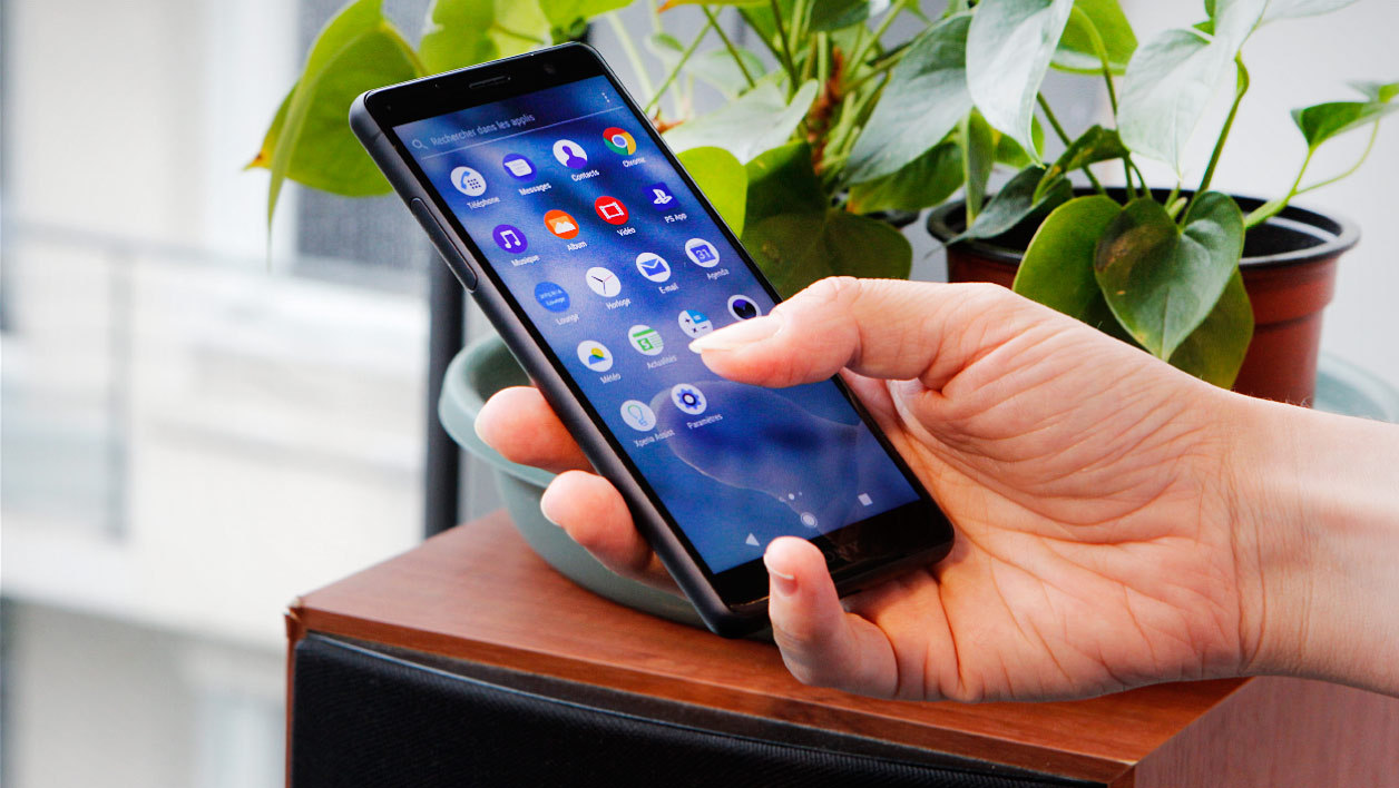 Sony Xperia XZ2 Compact Test and Review