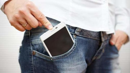 The front pockets of women's pants would not be suitable for smartphones