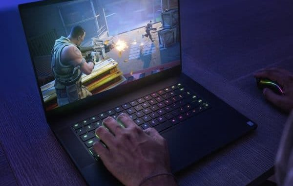Razer Blade 15 Base Edition, 15-inch 120Hz or 144Hz Comet Lake-H and NVIDIA Turing